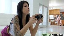 Fucking Stepmom Like Its A Game - Laura Bently, Bambino thumbnail