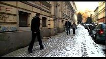 Русское порно видео красотка делает глубокий миньет
