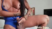 Shemale Paula Lopes Batendo uma punheta