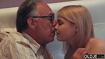 Milf Humiliation » 18 yo girl kissing and fucks her step dad in his bedroom thumbnail
