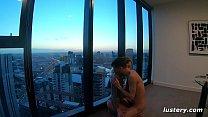 Amateur Couple Fucking in Luxury Suite Vorschaubild