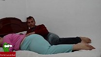 She chokes him with all her big pussy in a bed....