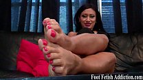 Suck on my delicious size 5 feet