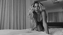 Sexy Beyoncé in video