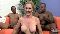 Free download video bokep Two black guys are in love with their granny te...