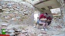 Pareja joven masturbandose en medio de unas ruinas GUI096 pornhub video