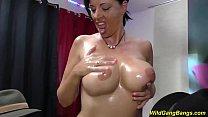 big boob oiled german Milf gangbanged Vorschaubild