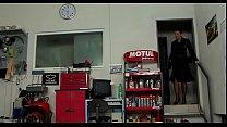 Жестко в глотку порно видео