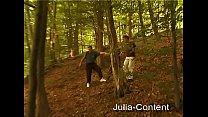 Threesome fuck in the forest Vorschaubild