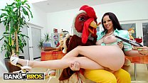 BANGBROS - The Big Tis Round Asses Thanksgiving Special With Busty Babe Gianna Michaels!