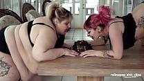 Fat Lesbian Messy Cake Makeout Stuffing