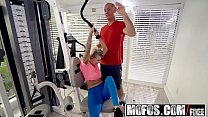 Mofos - Dont Break Me - Trainer Stretches Pressley Out Starring  Pressley Carter
