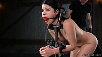 Gagged babe with lozked neck whipped