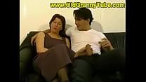 mom and son anal Vorschaubild