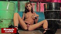 Tgirl beauty Sienna Grace solo masturbating