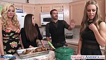 Hot cuties Brooklyn Chase, Nicole Aniston and S...