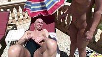 German Mom - DEUTSCHE MUTTER fickt mit Fremden am Pool im Urlaub image