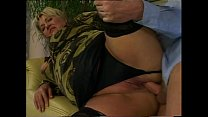 A good fuck for a old and horny couple! Vorschaubild