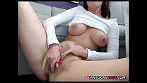 Slim babe pussy played live show