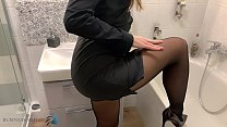 Assistant Undress Herself After Work And Takes