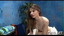 Hot eighteen year old girl gets fucked hard by her massage therapist! صورة