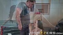 Brazzers - (Ariella Ferrera, Kyle Mason) - Driving Mommy Wild preview image
