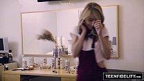 TEENFIDELITY Hannah Hays Swallows Her Step-Bros Cum - 9Club.Top