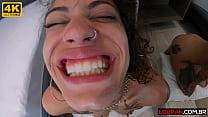 Gulosa sentando gostoso com o cu | Nina Forbidden | Loupan Produções