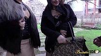 8451 Julie et Siham deux cochonnes se rencontrent pour une baise sauvage preview
