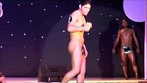 papasote muestra su rico culo en concurso / boy show hot ass
