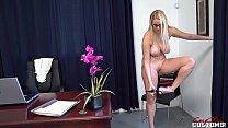 Vanessa Cage in Blackmailing My Hot Secretary Daughter صورة