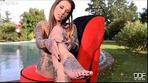 Girl Sex Tattooed dark in High Heels