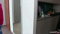 German MILF - Arztin Kissi Kiss beim Gruppensex bei der Musterung Deutsch Vorschaubild