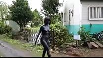 Neisya Rosella Agnindhita Budak Sex Gosong Jalan-Jalan Telanjang Bugil