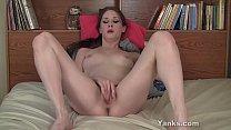 Brunette Yanks Honey Belle Masturbates thumbnail