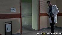 Brazzers - Doctor Adventures - (Ariella Ferrera) Wet Naughty Sponge Bath Party