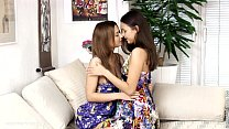 Fingering Climaxers - by Sapphic Erotica lesbian sex with Lidia Dulce