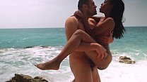 VIP SEX VAULT -Portuguese babe Noe Milk in beach seduction and sex tutorial