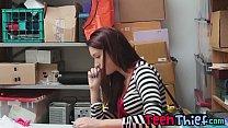 Teenage thief Naiomi Mae gives blowjob and gets...