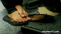 Screenshot Candid Video Of Latin Feet And Toes Exposed