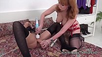 2 UK MILFs share toys and orgasms Vorschaubild