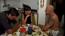 Trio familia padrastro mami e hijastro español ... thumb