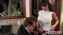 Lascivious Lisa Ann bounces on cock after oral sex - 9Club.Top