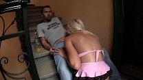 wildfremdes Mädel im Treppenhaus gefickt und abgehauen pornhub video