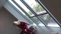 German Teen - Deutsches Teeny Lucy in sexy Waesche Hotel Fenster gefickt Vorschaubild