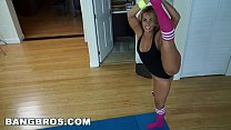 10008 BANGBROS - Behind-the-Scenes Kelsi Monroe on set with J-Mac for Ass Parade preview