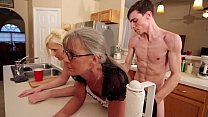 Mom and Stepsis Threesome after brainwash - Leilani Lei Fifi Foxx thumbnail