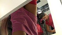 spyng in a dressing room espiando en el probador