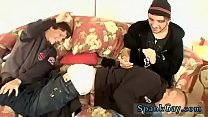 Young twinks sleep gay porn Skater Spank Wars Get Feisty!
