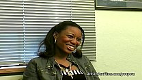 Ebony amateur filmed at real porn casting audition Vorschaubild